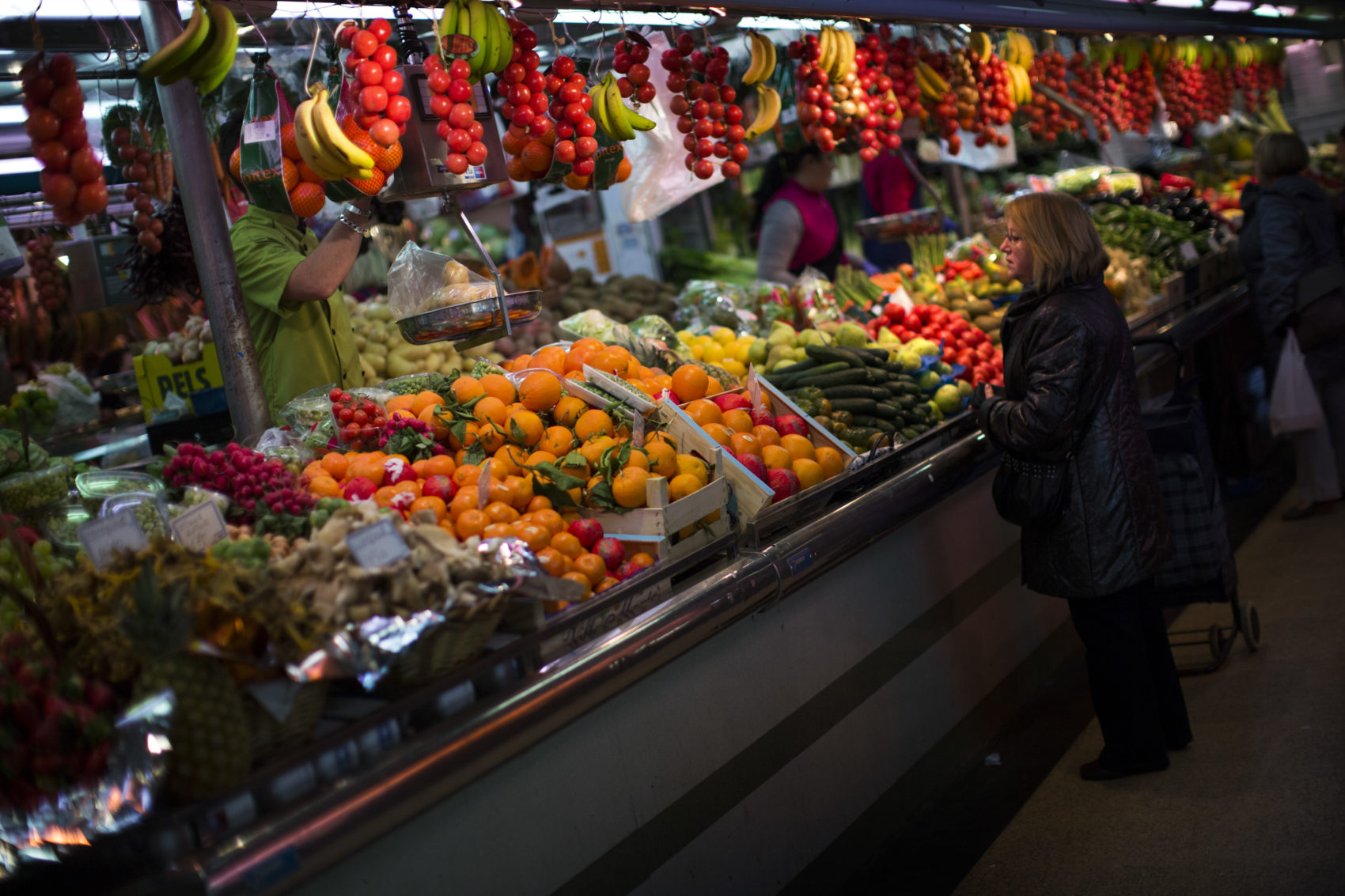 Why Is The Mediterranean Diet So Healthy? Study Lets Us Count The Ways